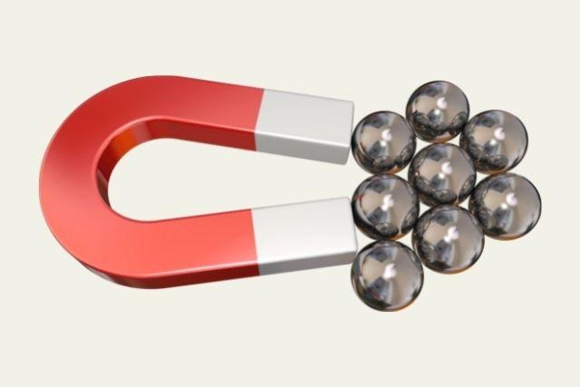 磁石で固定する入れ歯とインプラントの長所と短所