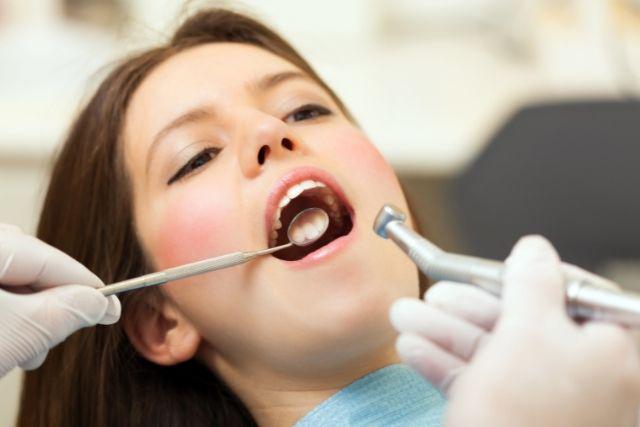 歯の神経を取らずに薬で治す治療なら香川県高松市の噛み合わせ専門 吉本歯科医院